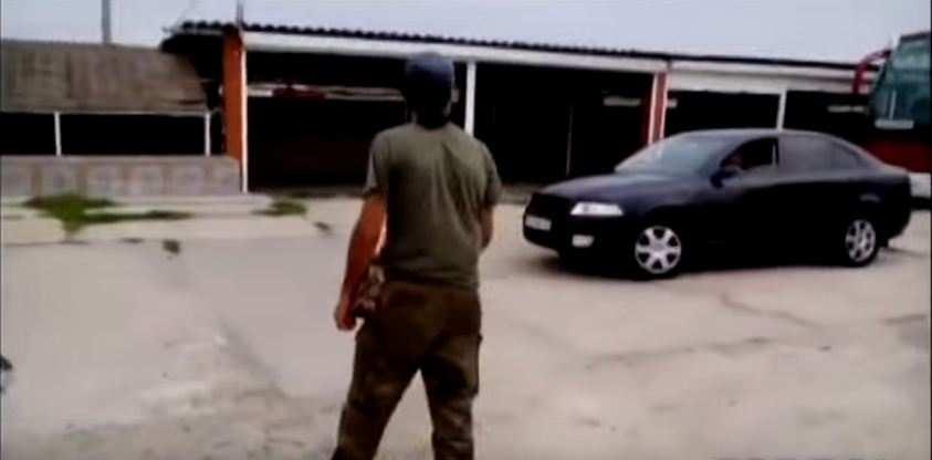 Блокада Крыма, первые столкновения: боевики «Правого сектора» напали на водителя вЧонгаре (ВИДЕО)   Русская весна