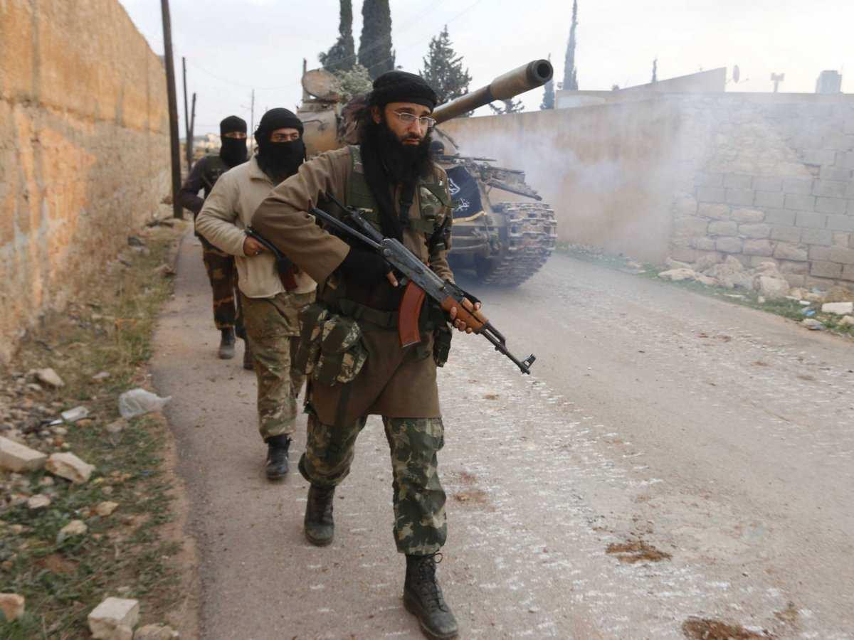 «Террористы бросили в Дараа всё, чем их снабдили покровители: оружие, технику и снаряжение» (ВИДЕО) | Русская весна