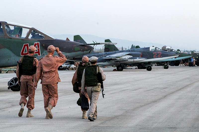 Предполетная подготовка российских самолетов в Сирии (ВИДЕО) | Русская весна