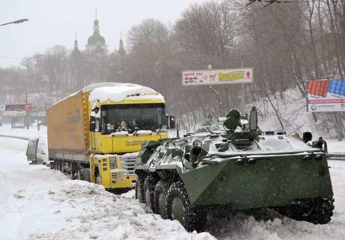 Сводка: многочисленные бои на линии фронта, столкновения у Донецка, Дзержинска, Мариуполя | Русская весна