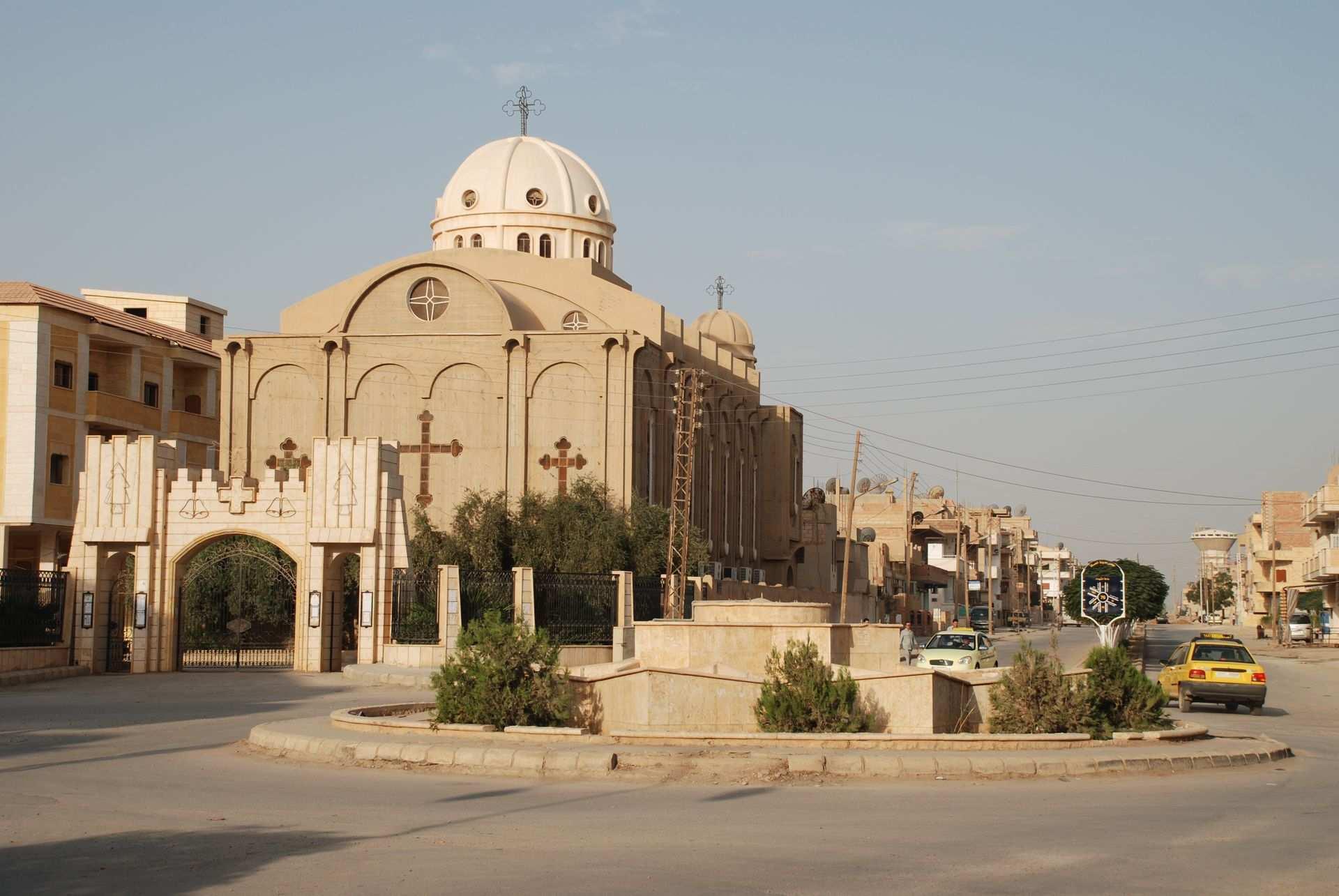 СРОЧНО: Смертница ИГИЛ взорвала себя у православной церкви в Сирии в Праздник Пасхи | Русская весна