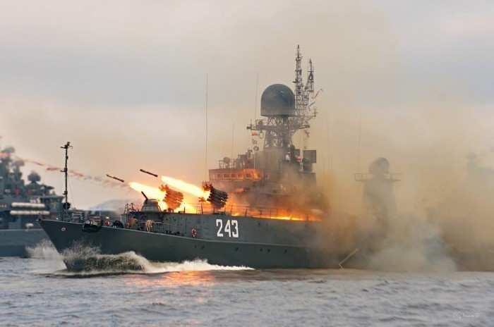Россия захватывает Азов, это гибридная угроза, — украинский адмирал (ФОТО) | Русская весна