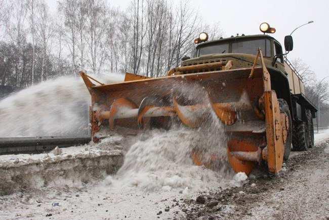 ДНР: Сотрудники МЧС освободили из снежных заносов на дорогах более 300 транспортных средств | Русская весна