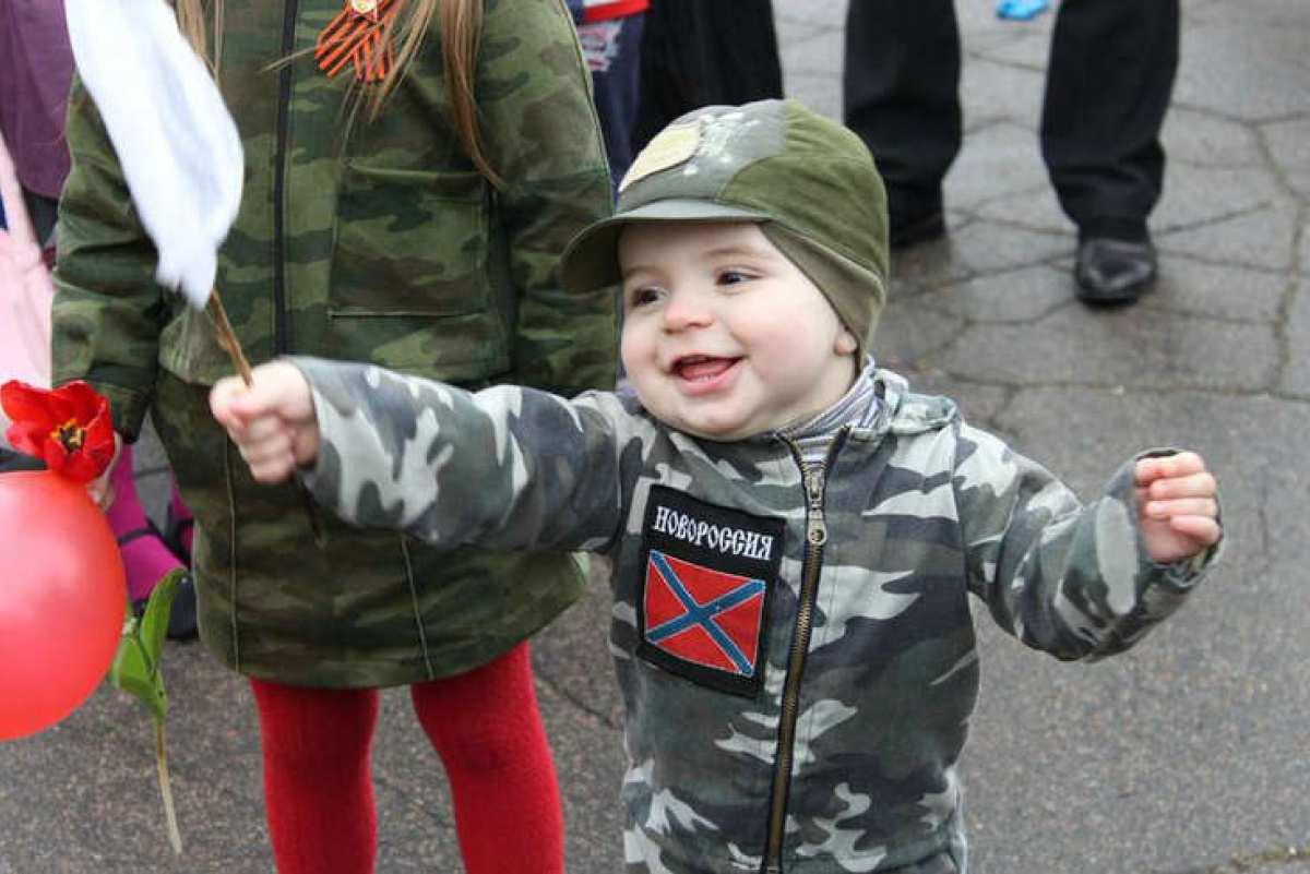 АрмияДНР и «Боевое братство»помогли макеевскому дому ребёнка (ВИДЕО) | Русская весна