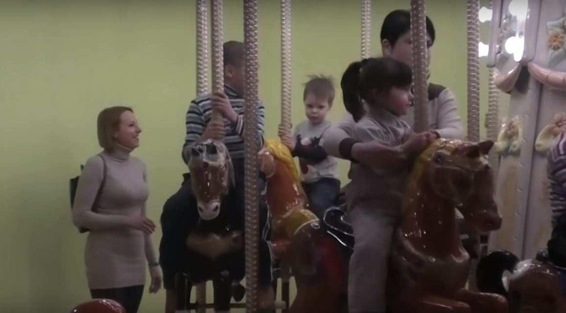 Для детей военнослужащих Армии ДНР организовали праздничный отдых (ВИДЕО) | Русская весна