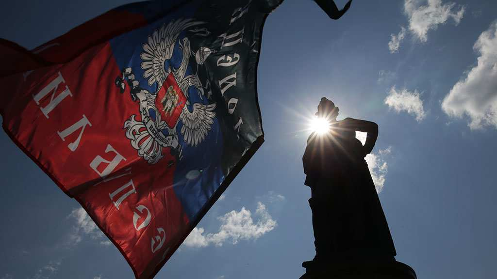 АрмияДНР иштаб по прифронтовым районам в Докучаевске (ВИДЕО) | Русская весна