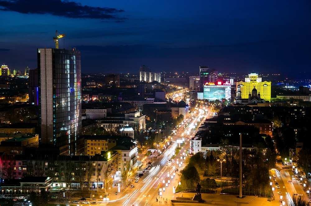 Как на самом деле живёт ДНР: быт, курорты, цены и настроения дончан (ВИДЕО) | Русская весна