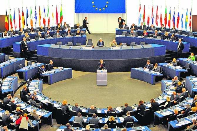 Порошенко придумал, как избежать ответственности за преступления киевского режима: он станет членом Европарламента | Русская весна