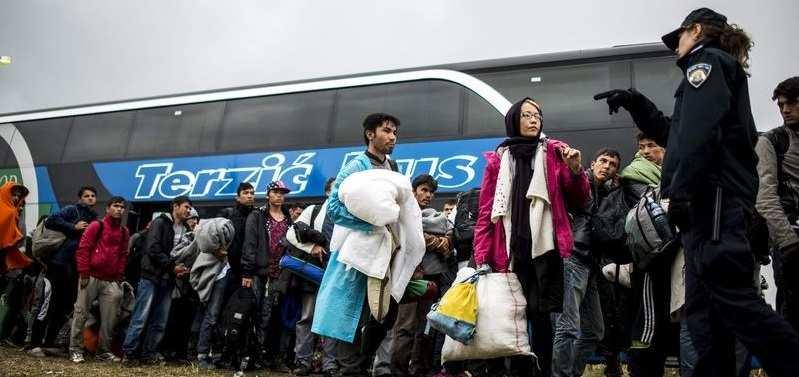 Ежедневно вЕвропу прибывают 8тысяч беженцев — ООН | Русская весна
