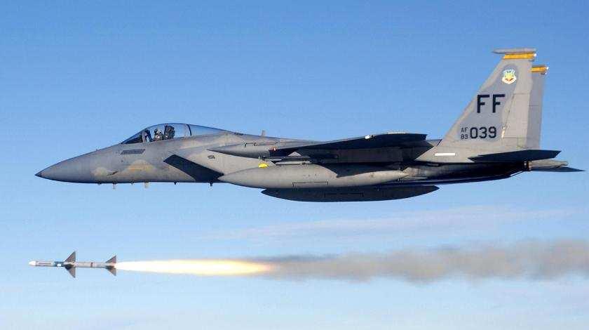 Самолёты США нанесли удар фосфорными боеприпасами поДейр-эз-Зору | Русская весна