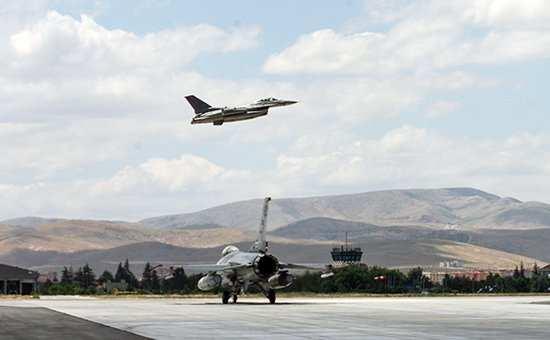 США строят авиабазу в Сирии, не спрашивая разрешения у Дамаска (ВИДЕО)   Русская весна