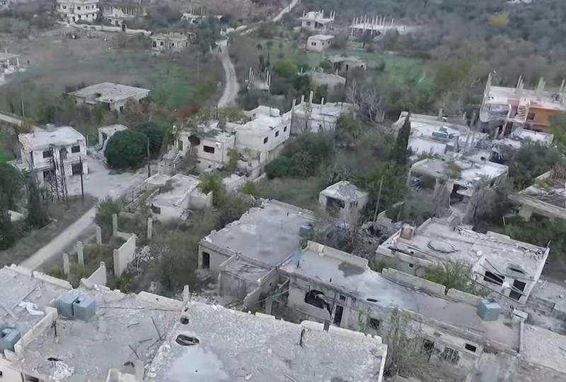 Руины населенного пункта, освобожденного от террористов ИГИЛ в Сирии, — съемка с беспилотника (ВИДЕО) | Русская весна