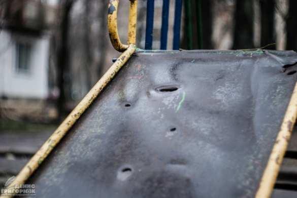 Смерть на детской площадке (ФОТО) | Русская весна
