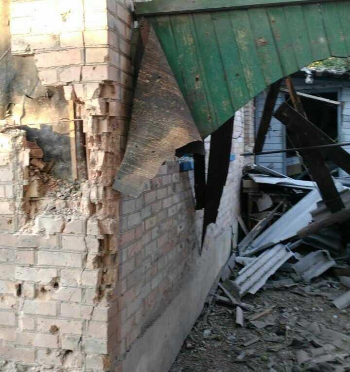 Обстрел Горловки: украинские «херои» бьют по жилому сектору (ВИДЕО) | Русская весна