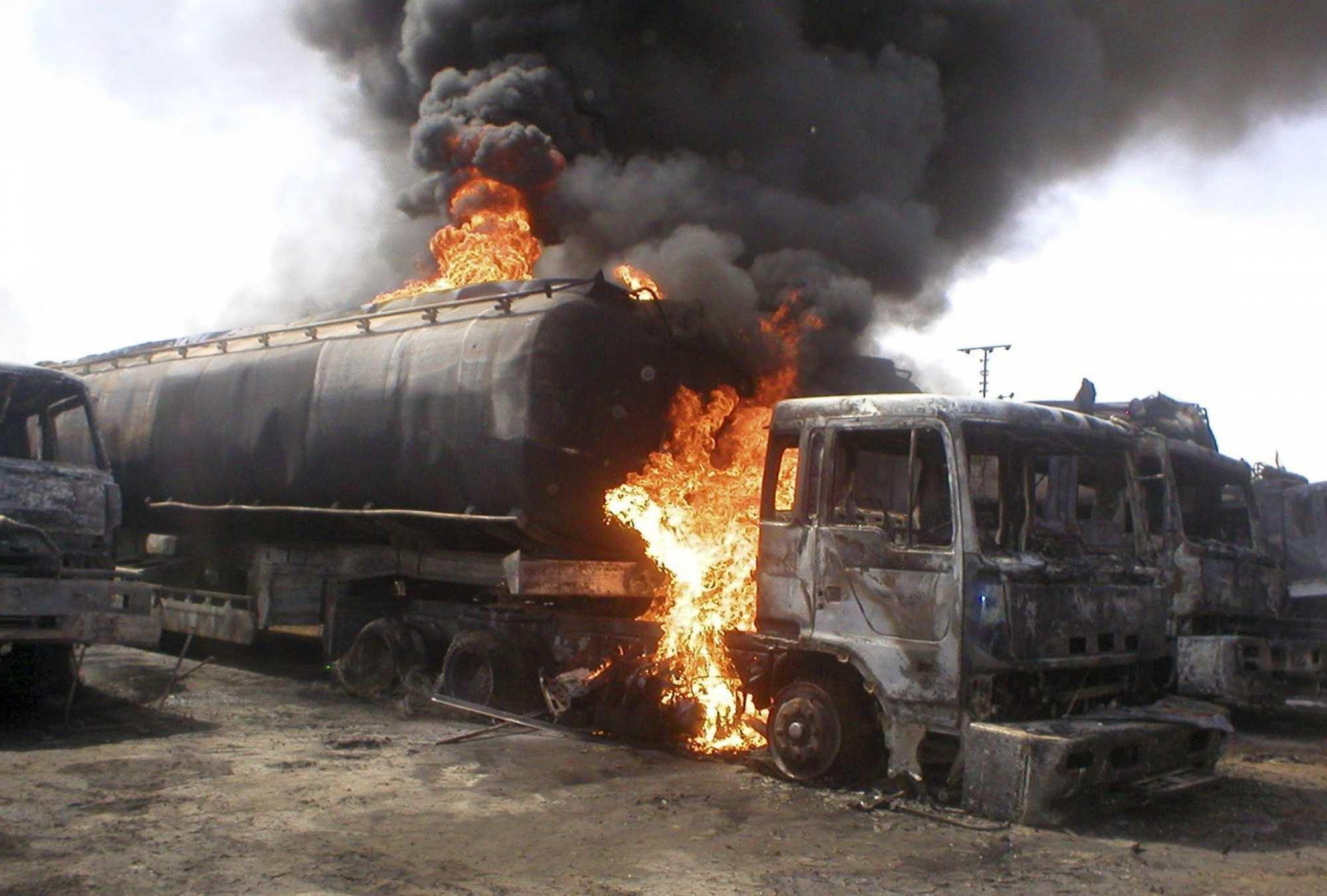 ВКС России уничтожают военные объекты и инфраструктуру ИГИЛ под Пальмирой | Русская весна