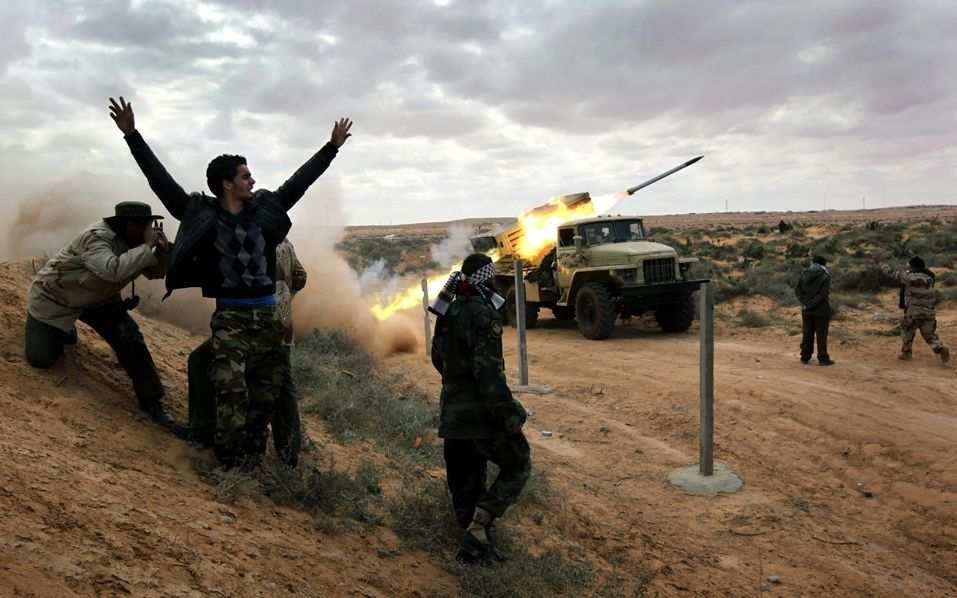 Сирийская Армия атакует террористов под Дамаском (ВИДЕО) | Русская весна