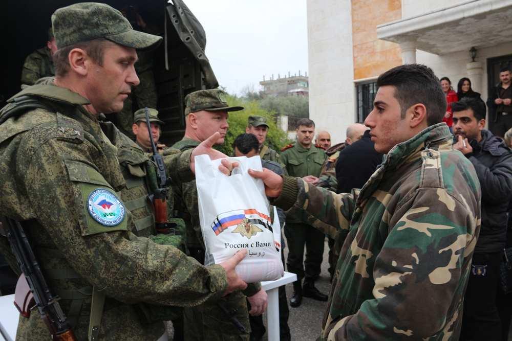 Российских военных в Сирии встретили «Катюшей» (ВИДЕО) | Русская весна
