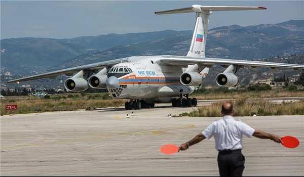 Россия отправила 50 тонн еды, игрушек и медикаментов в окруженные террористами сирийские города (ВИДЕО) | Русская весна