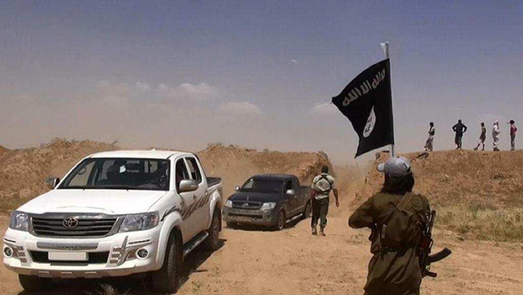 После резни в сирийском Дейр эз-Зоре боевики ИГИЛ взяли взаложники 400человек | Русская весна