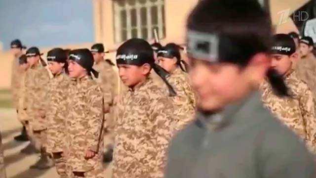Ужасающие подробности использования детей ИГИЛ — доклад центра по борьбе с террором (ВИДЕО) | Русская весна