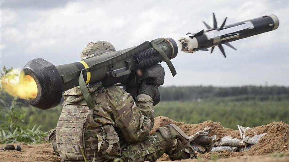 Зрада: СШАзапретили Киеву использовать Javelin наДонбассе | Русская весна