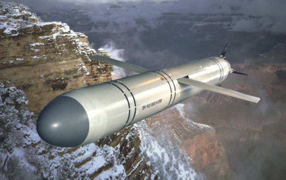 Сирия: новый удар «Калибрами» — ракета несется на встречу с ИГИЛ в небе Алеппо (ВИДЕО)   Русская весна