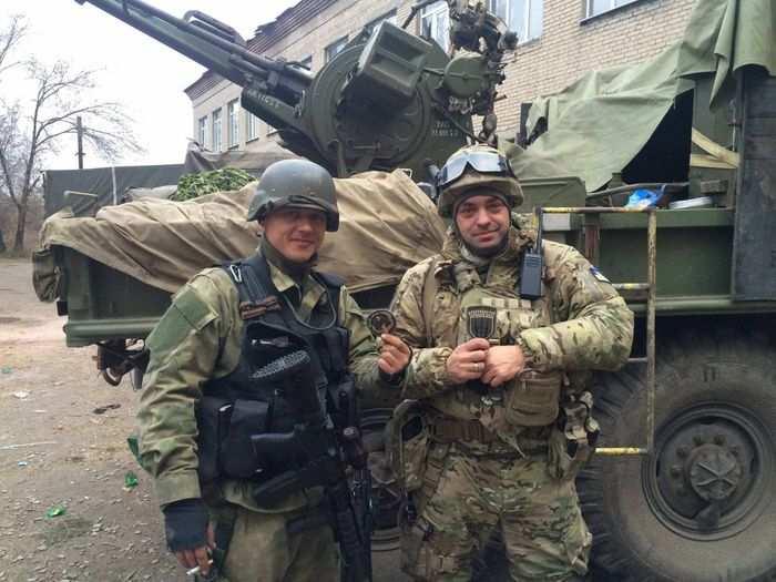 Сводка: ВСУ обстреливают ополчение из танков и артиллерии, в оккупированных городах пьяные бойцы АТО мародерствуют и издеваются над жителями   Русская весна