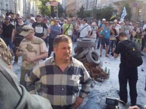 Десятки протестующих остались ночевать подРадой | Русская весна