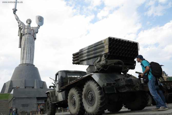 Киев находит новые поводы не выполнять Минские соглашения | Русская весна