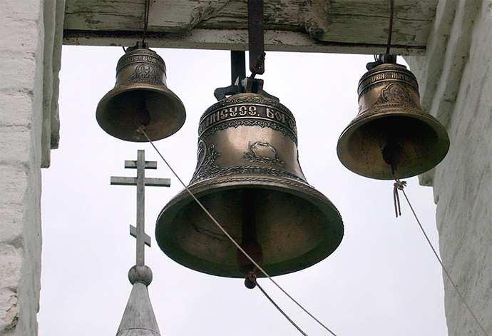 Армия с народом: ВСДНРдоставили колокола дляхрама в Амвросиевке (ВИДЕО)   Русская весна