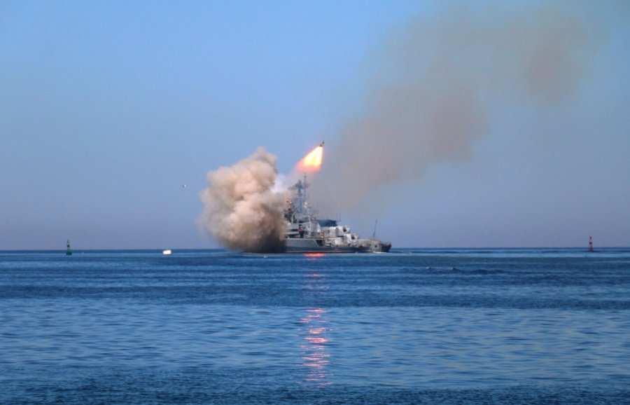 Песков: траекторию пуска ракет ВМФпоИГИЛ согласовали сИраком иИраном   Русская весна