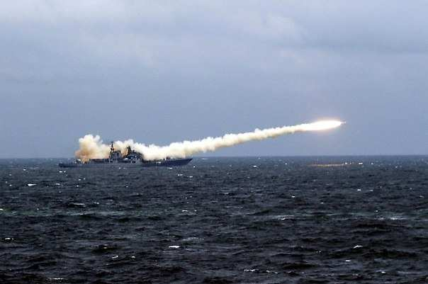 МОЛНИЯ: Каспийская флотилия ВМФ РФ выполнила пуск 18 крылатых ракет по террористам в Сирии (ВИДЕО) | Русская весна