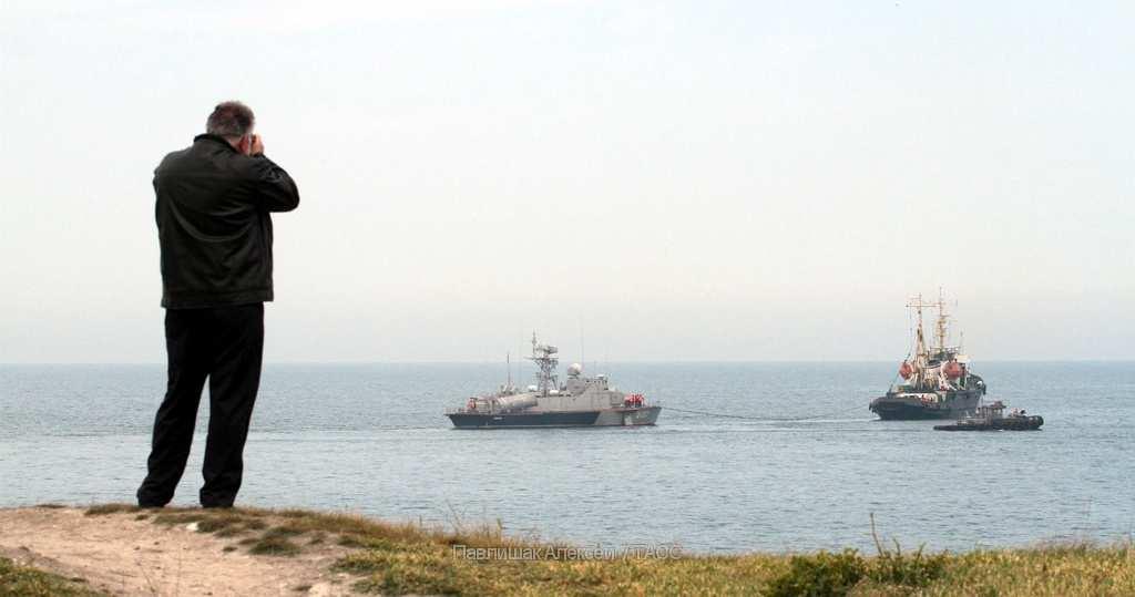 Крымские пограничники рассказали, зачем проверяют суда, следующие наУкраину    Русская весна