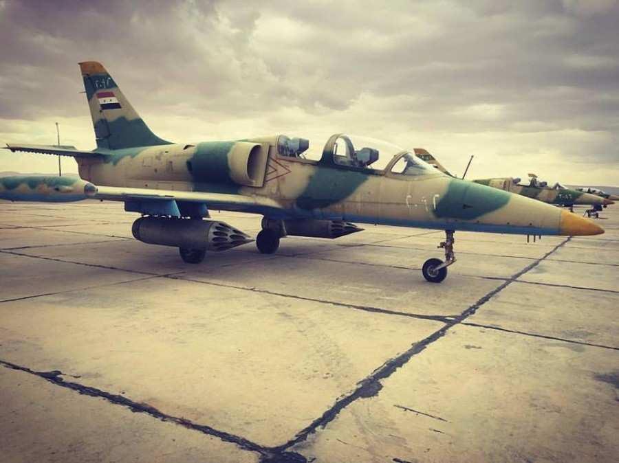СРОЧНО: Террористы ИГИЛ взорвали 2 самолета ВВС Сирии в Дейр эз-Зор — опубликованы кадры (ВИДЕО) | Русская весна