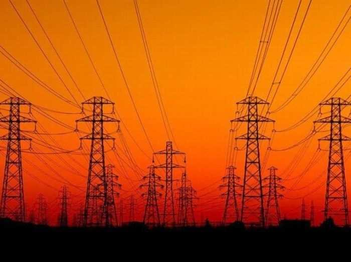 Минэнерго Украины продолжит поставлять электроэнергию в Крым, невзирая на недовольство экстремистов | Русская весна