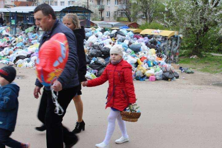 Мусорный апокалипсис: Власти Львова хотят эвакуировать детей из города   Русская весна