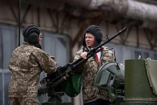 Ляшко селнатанк искомандовал: «К победе, вМоскву!» (ВИДЕО) | Русская весна