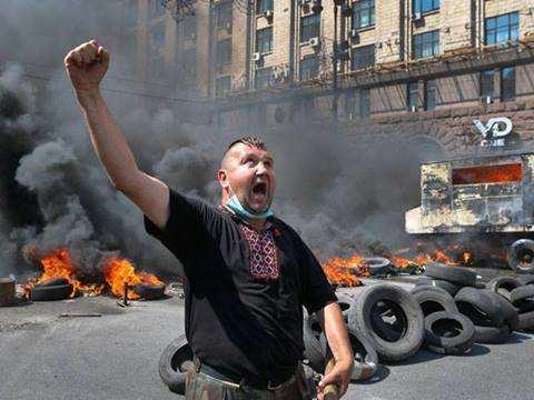 Запретить проведение массовых акций на улицах — свобода по-украински | Русская весна