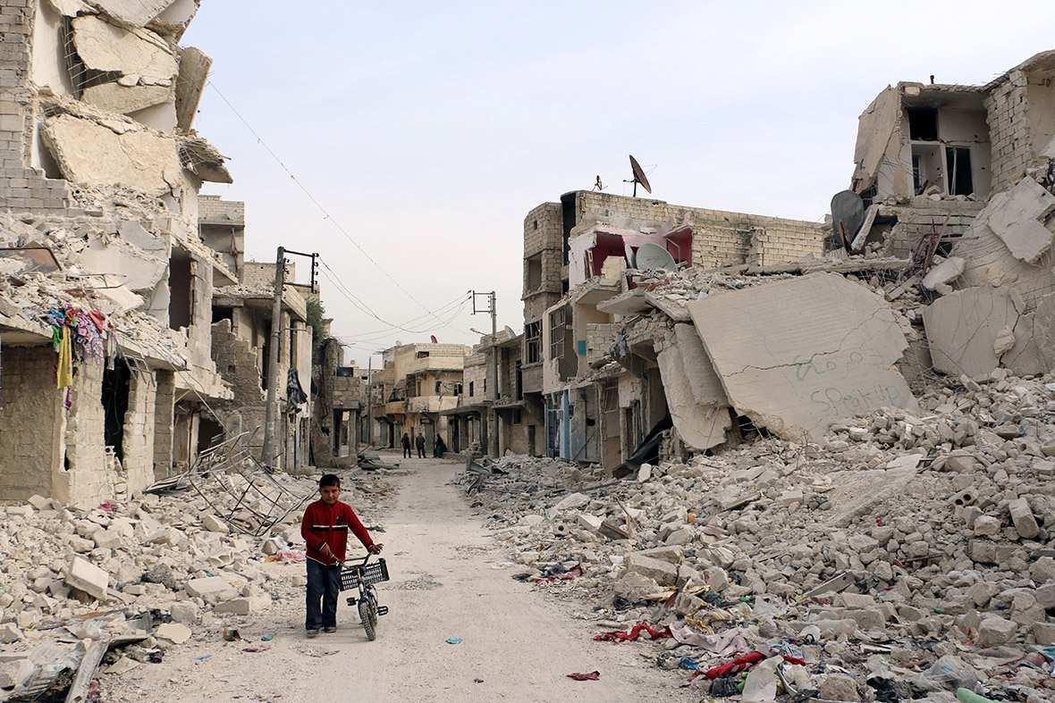 Террористы разрешили сирийцам покинутьАлеппо за300долларов (ВИДЕО)   Русская весна