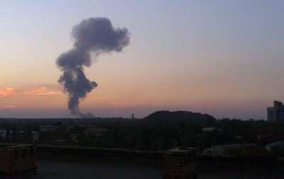 Жители Мариуполя сообщают о сильных взрывах в центре города | Русская весна