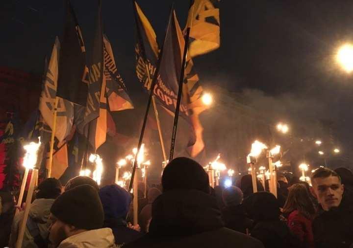 Бандера угрожает не русским и евреям, а украинцам, — Днепропетровский блогер «взорвал» Сеть (ВИДЕО)   Русская весна