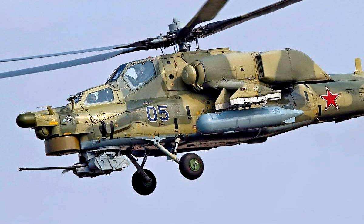 Минобороны: вертолёт ВКС РФ совершил вынужденную посадку в Сирии   Русская весна