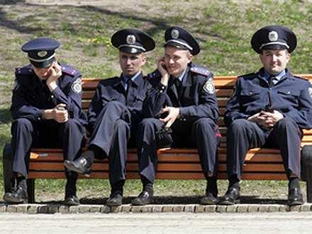 Реформа МВД на Украине: армия уволенных милиционеров уйдет в криминал | Русская весна