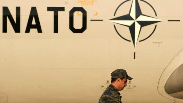 НАТО передаст Украине нелетальное вооружение | Русская весна