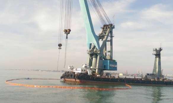 Под Одессой начались работы поподнятию затонувшего катера «Иволга» (ВИДЕО) | Русская весна