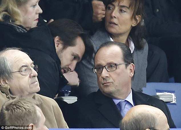 СМИ показали первую реакцию Олланда на теракты в Париже (ФОТО) | Русская весна