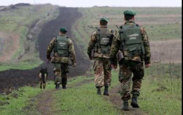 Нелегалы изСирии иСомали пытались пробраться через украинскую границу | Русская весна