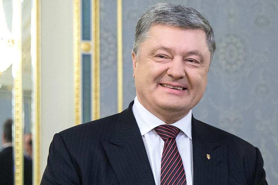 Порошенко пожелал украинцам наРождество «долгожданного мира» | Русская весна