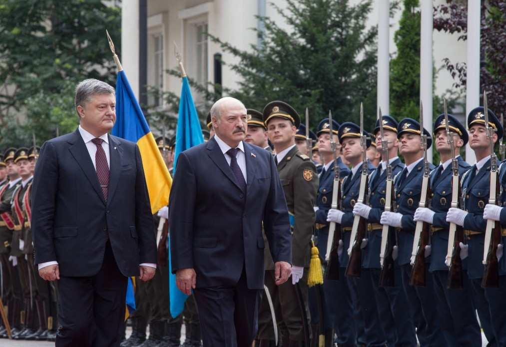 Нереализованные амбиции: чем завершились переговоры Порошенко и Лукашенко | Русская весна