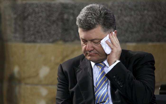 Украинский телеканал передвинул новогоднее поздравление Порошенко из-за комика Зеленского | Русская весна